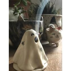 Portaconos Fantasmita