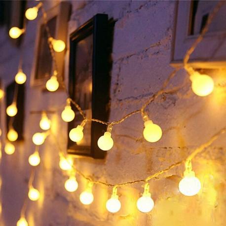 Guirnalda Luminosa Perlitas o Bolitas con enchufe (4 mts - 28 luces)